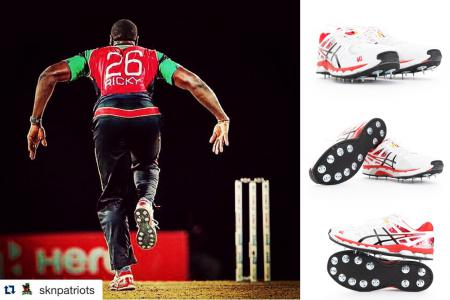 Carlos Brathwaite bowling for the SKN Patriots during the CPL 2015