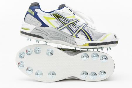 Sean Abbott Bowling Spikes