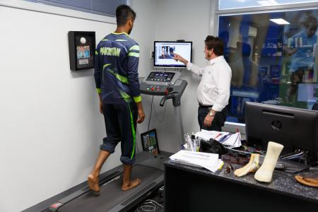 Video Gait Analysis of Ehsan Adil during the CWC 15